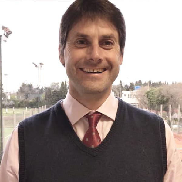 Dr. Máximo de la Vega